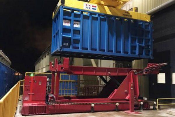 Suez_déchargement_vrac_conteneur_martime_20_pieds_2